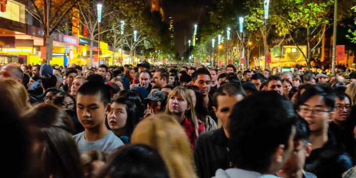 Crowds jostle to see the White Night attractions. Image: Scott Cresswell, Flickr