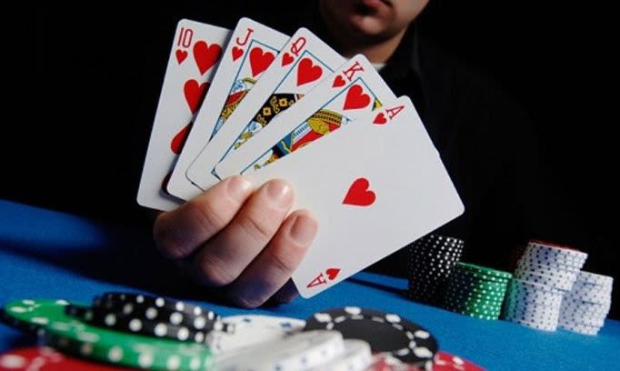 Chơi tá lả có khó không? Điều cần biết để chơi game bài tá lả