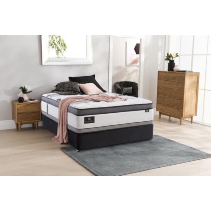 Serta iContour Olympia Bed Queen Split Base Plush
