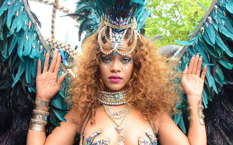 How To Style Your Hair and Makeup for Notting Hill Carnival