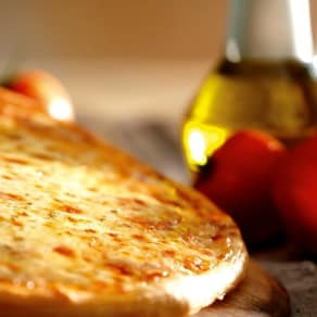 $3.99 Special: Thin Crust Cheese Pizza Slice + 20 oz. Fountain Beverage