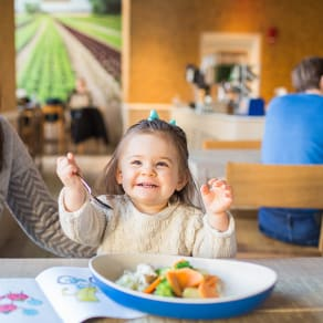 Kids Eat Free Every Sunday at Beefsteak