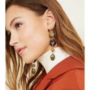 Green Raffia Bead and Resin Ring Drop Earrings New Look