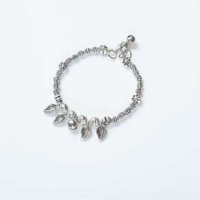 Silver Leafs Detailed Charm Bracelet