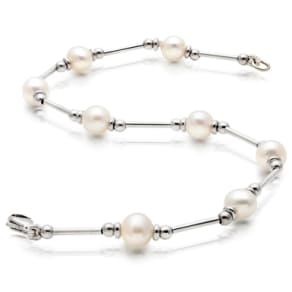 9ct White Gold Freshwater Cultured Pearl Bracelet - 20cm