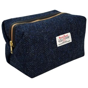 ea4c4b910723 Harris Tweed Herringbone Box Holdall