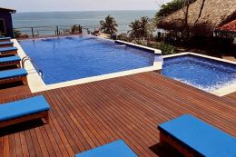 Red Balau Hardwood Decking Reeded Boards Using Hidden Fixing 19mm By 140mm By 1829-3048mm