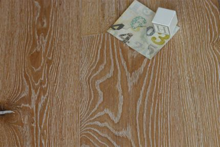 Natural Engineered Oak Canal Grande Brushed UV Oiled 14/3mm By 242mm By 2350mm