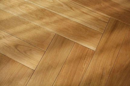 Prime Engineered Flooring Oak Herringbone Brushed UV Lacquered 14/3mm By 97mm By 790mm