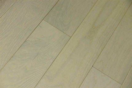 Rustic Engineered Flooring Oak Double White Brushed UV Lacquered 10/3mm By 125mm By 600-1900mm