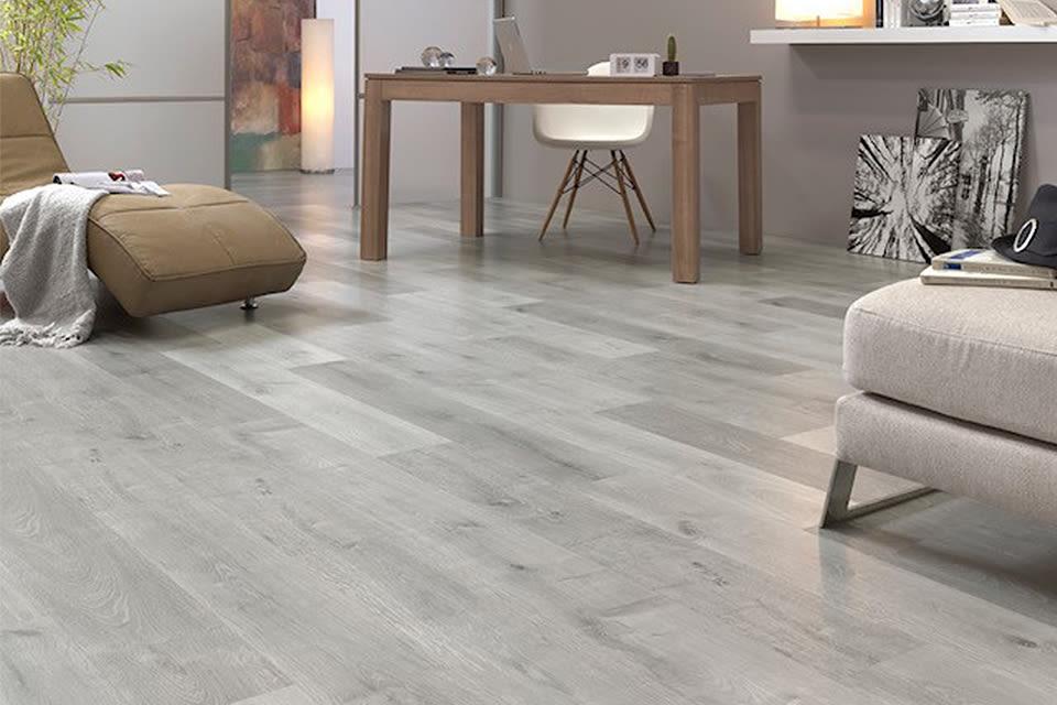 Bromo Light Grey Oak Laminate Flooring 8mm By 189mm By 1200mm