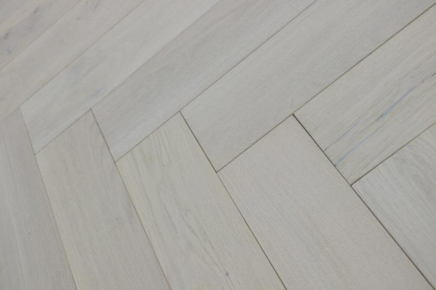 Natural Engineered Flooring Oak Herringbone Catanzaro Brushed UV Oiled 15/4mm By 120mm By 700mm