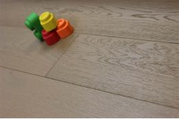 Natural Engineered Oak UK Grey UV Oiled 14/3mm By 190mm By 400-1500mm