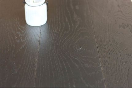 Natural Engineered Oak Click Jet Black Brushed UV Lacquered 14/3mm By 190mm By 1900mm