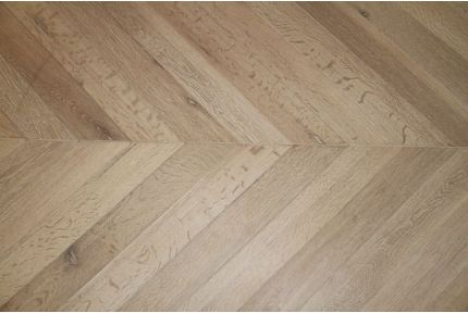Prime Engineered Oak Chevron Brushed White Oiled 18/5mm By 90mm By 850mm