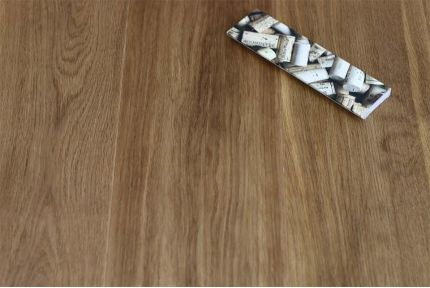 Prime Engineered Flooring Oak Click Dark Smoked Brushed UV Oiled 14/3mm By 190mm By 1900mm