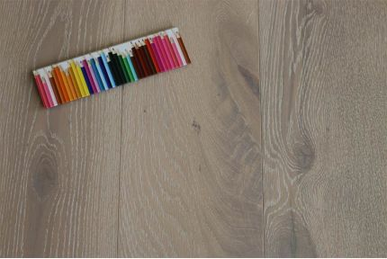 Select Engineered Oak Click Sunny White Brushed UV Oiled 14/3mm By 189mm By 1860mm