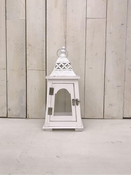 Lanterna in legno con tetto fantasia