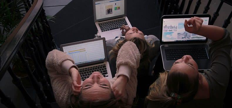 people-on-laptop.jpg