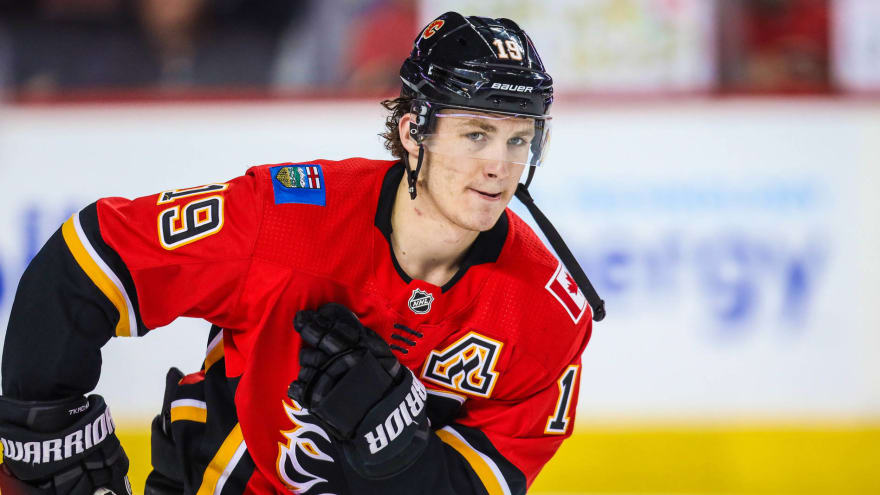 Matthew Tkachuk's agent weighs in on status of talks with Flames