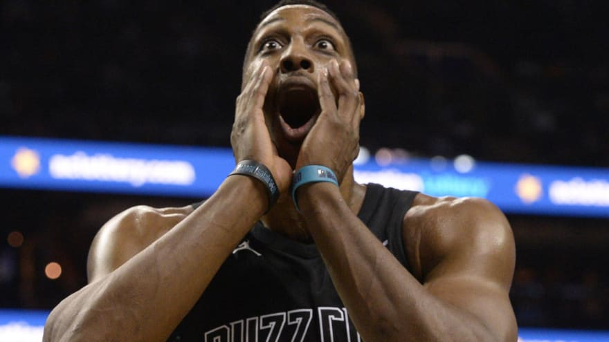 'Dwight-mare': Lakers must avoid Howard, who's a horrible fit