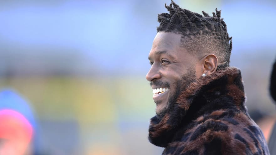 Antonio Brown unveils dramatic 'Let's get to work' hype video