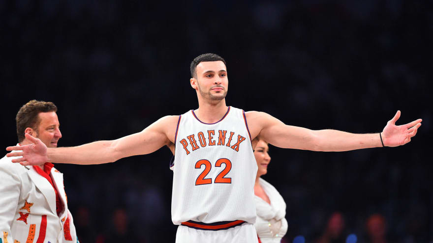 official photos eefc1 fd37f Larry Nance Jr. pays tribute to father in Slam Dunk Contest ...