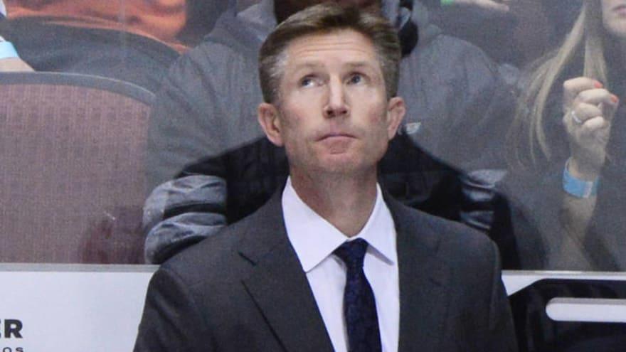 Philadelphia Flyers fire head coach Dave Hakstol