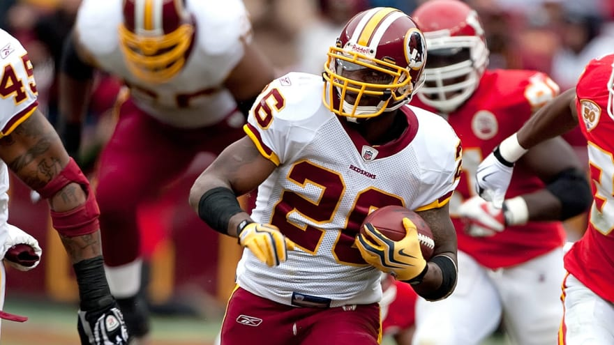 Clinton Portis surrenders to federal authorities on fraud charges