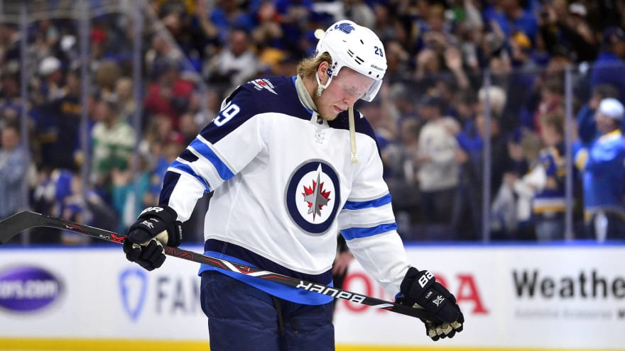 Patrik Laine willing to be patient on contract front