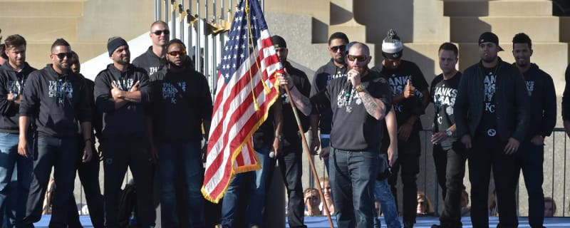 3283d8201ba WATCH  Jonny Gomes gives awesome speech at Royals  parade