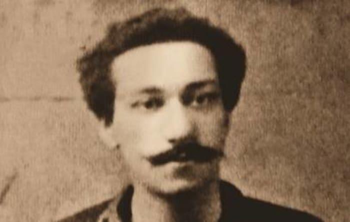 1889: First Black Professional Soccer Player: Arthur Wharton