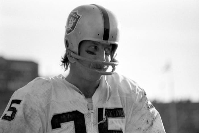 Fred Biletnikoff, WR, Oakland Raiders - Super Bowl XI