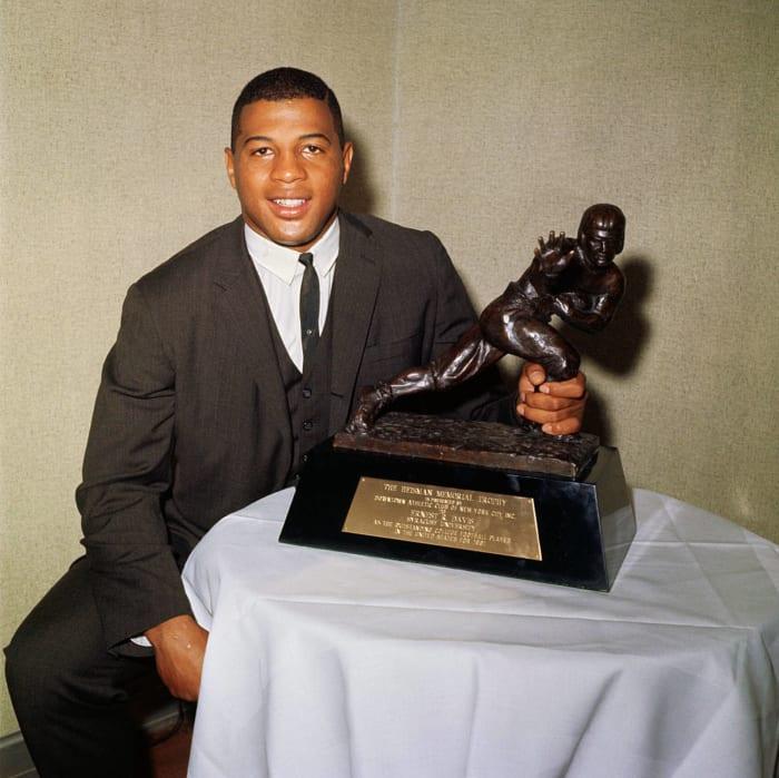 1961: First Black Heisman Trophy Winner: Ernie Davis