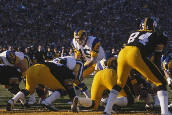 Super Bowl XIV: Terry Bradshaw, Pittsburgh Steelers, and Vince Ferragamo, Los Angeles Rams